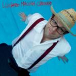 """LUCIANO MACCHIA CROONER: il nuovo singolo è """"AL MARE CI VADO DA SOLO"""""""